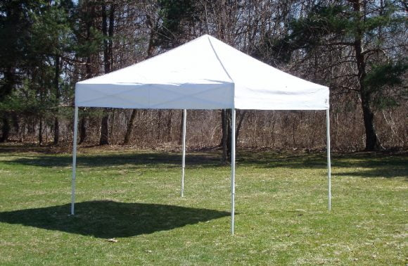 Should You Choose a Frame Tent or a Pole Tent?